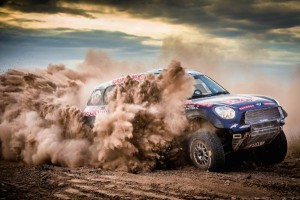 P90171494-nasser-al-attiyah-qt-mini-all4-racing--301-qatar-rally-team-dakar-2015-600px
