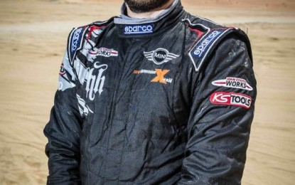 Hunt competes in 2016 Dakar Rally with MINI ALL4 Racing