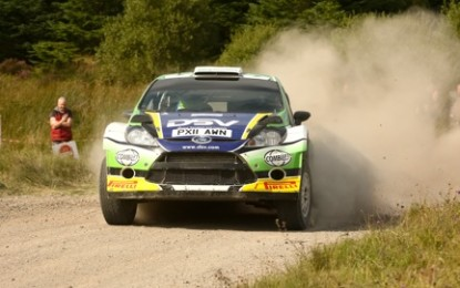 Moffett's Dominate Lakeland Stages!