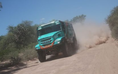 De Rooy leads Dakar 2017 heading into Week 2 for Petronas Team De Rooy Iveco
