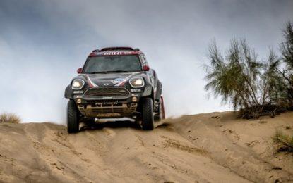 2017 Silk Way Rally: Half-time break for Team X-raid Mini