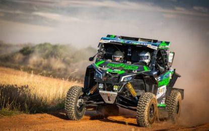 Five Can-Am Maverick X3s in SSV category in Baja Portalegre 500