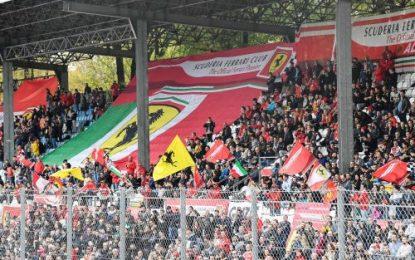 30,000 attend big Ferrari party at Monza