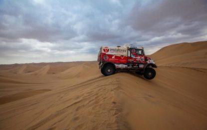 Loprais' Tatra completes Dakar SS8 on 5 cylinders!