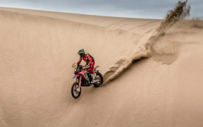 Monster Energy Honda's Brabec & Benavides remain in fight for Dakar bike title