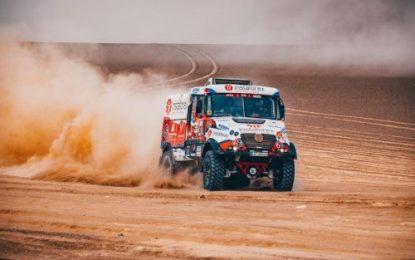 Aleš Loprais & Tatra moves up the ranks on Dakar SS3