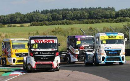 Smith shines in Truxton Truck Racing Sunshine