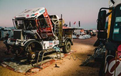 Loprais' Praga V4S DKR 4th halfway through Dakar 2020