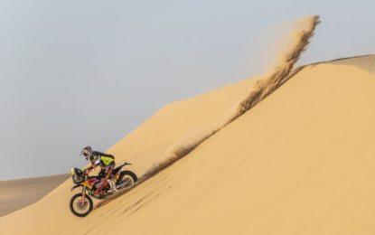 Red Bull KTM Factory Racing team conquers SS10 Dakar marathon