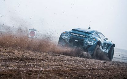 ABT CUPRA XE competing in Extreme E adventure Showdown in the hot Saudi Arabian desert