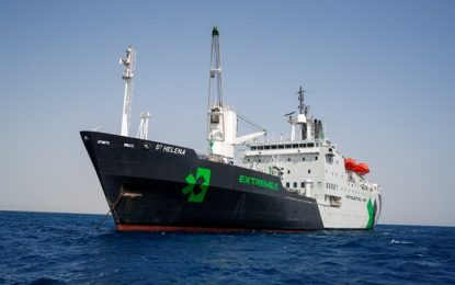 Extreme E's floating centrepiece arrives in Senegal